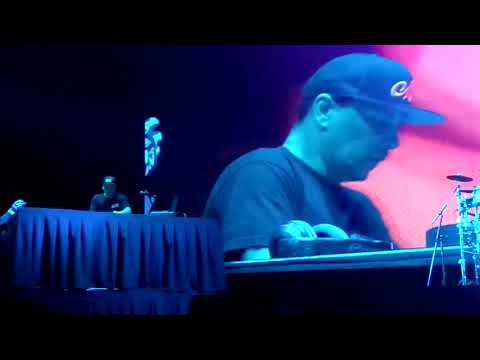 Cypress Hill - Intro - Mix Master Mike / A Band Of Gypsies (Tecate Peninsula 2018)