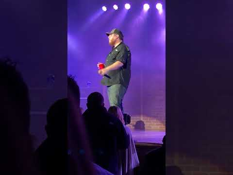 Luke Combs - Performing Dive at Ryman Auditorium in Nashville, TN.