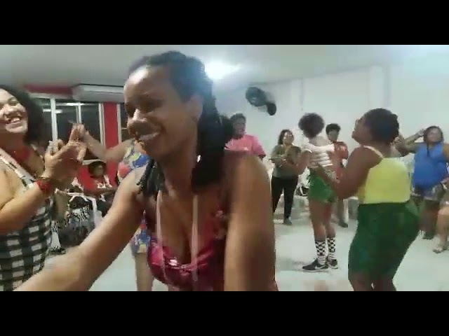 Anônimas guerreiras brasileiras em funk - Recife - 2018
