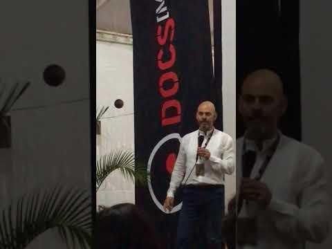 Daniel Estulin presentando #Bilderberg The Movie en @DocsMX