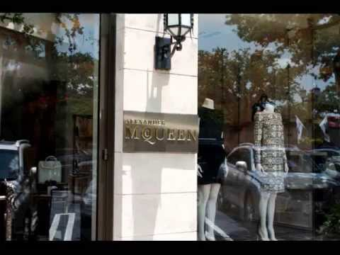 Highland Park Village- The Ultimate Dallas Shopping Experience