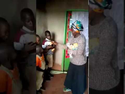 Feeding Children Moi's Bridge Kenya WFF   GMFC