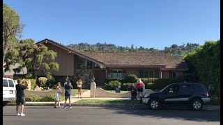 Visiting The Brady Bunch House - On Location