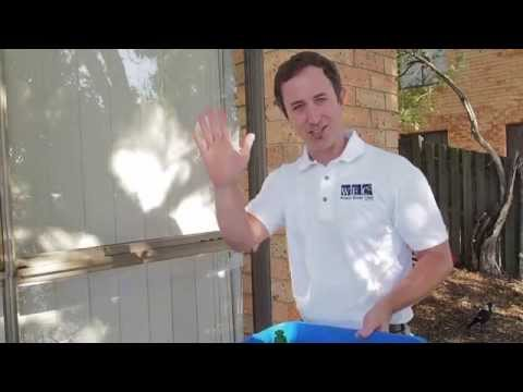 The 1 Min Cleaning Tip - Streak Free Window Cleaning