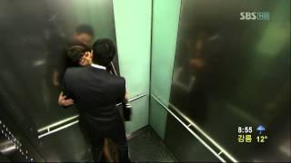 Repeat youtube video 태양의 신부 송유하-연미주-엘리베이터 속 키스