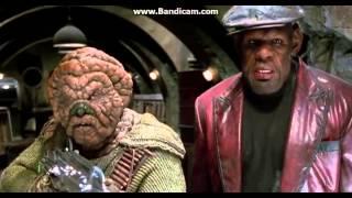 Video Men in Black 2 - Alien Fight Scene download MP3, 3GP, MP4, WEBM, AVI, FLV Juni 2017