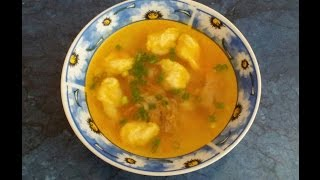 #Суп с клецками. #Видеорецепт.(1,5 л. говяжьего бульона, 3 картофеля, лук, морковь, масло для жарки, . для клецок : 1 яйцо, мука примерно 2-3 ст...., 2014-08-05T08:11:31.000Z)