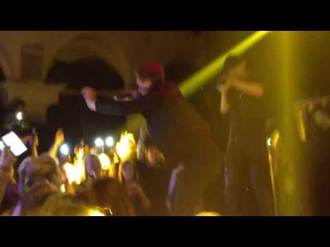 Conor Maynard - Panda (Live at Brussels Bloody Louis)