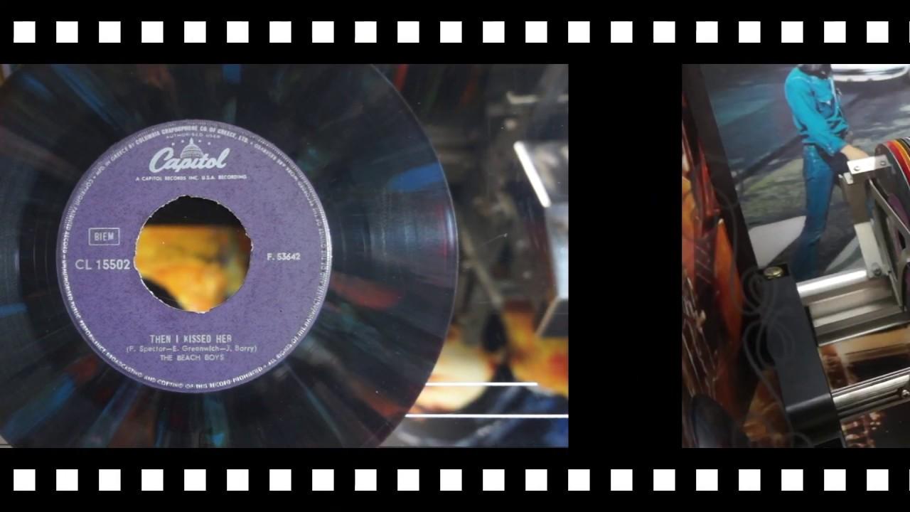 "Jonnie's Jukebox Plays: Then I Kissed Her - The Beach Boys 1965 Multicolour Vinyl 7"" Recor"