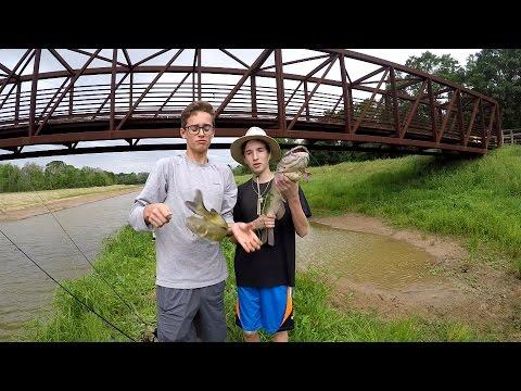 Catfish Fishing In The Bayou! (Houston Tx)