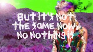 Kesha - Wonderland - Lyrics on screen