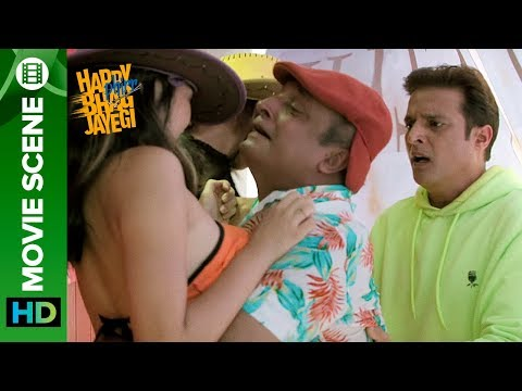 Funny Encounter With The Chinese People - Jimmy Shergill & Piyush Mishra