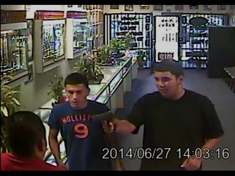 Foiled robbery at Fresno jewelry store