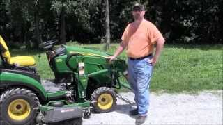John Deere 1025R Tractor & How To Use Quick-Connect & Disconnect Implements