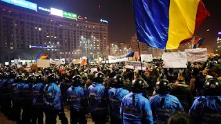Thousands March in Romania Anticorruption Protest