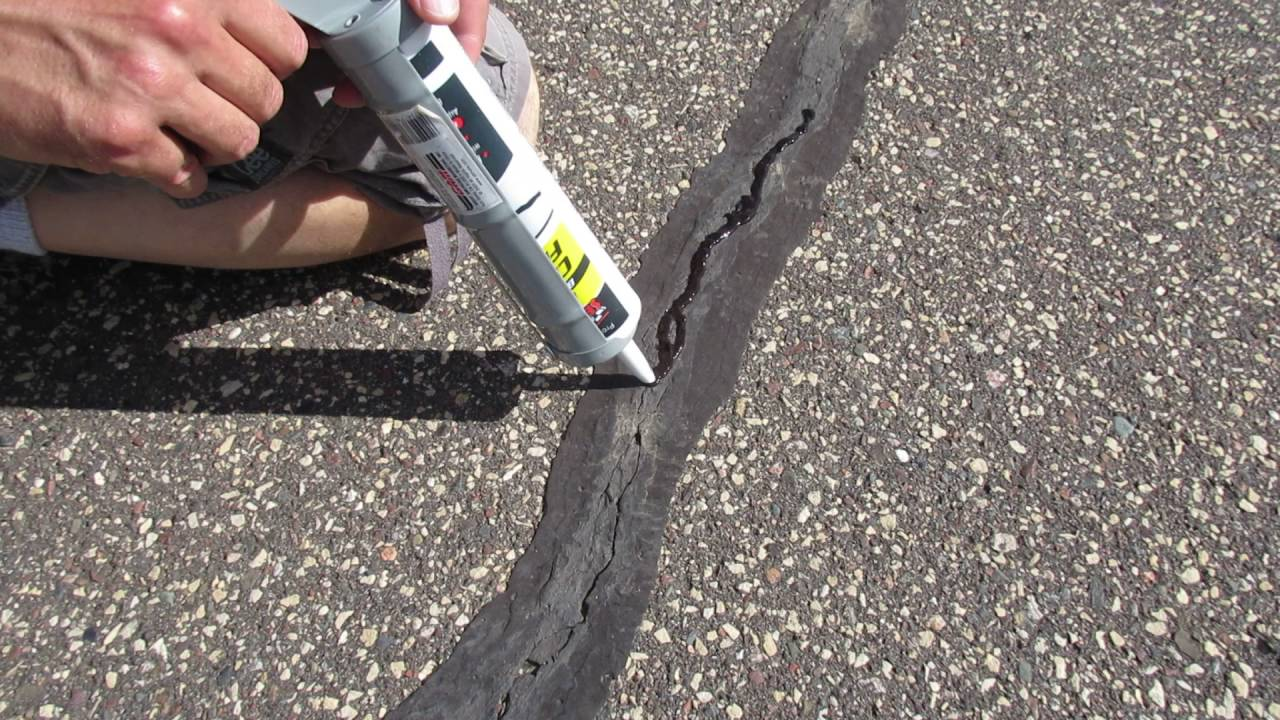 How To Repair S In An Asphalt Driveway You