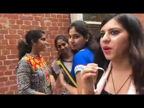 SRCC students react to first day of Delhi University!