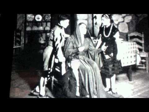 La Dama del Alba Movie Trailer