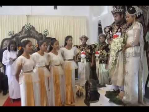 Jayamangala Gatha being sung at a wedding, Avissawella, Sri Lanka.