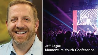 Momentum Youth Conference 2017 Jeff Bogue speaks during a main session