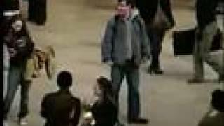 ニューヨーク市のグランド・セントラル駅に、イタズラ軍団Improv Everyw...