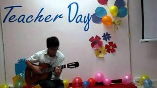 Guitar của thầy giáo trẻ Luca ( TVN Center teacher's day )