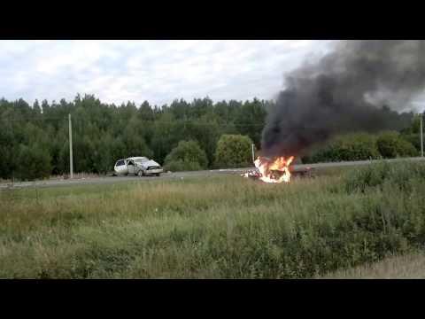 авария в г. ирбите машина взорвалась