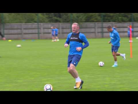 Wayne Rooney's First Training Session Back at Everton