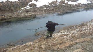 ПРИКОЛЫ НА РЫБАЛКЕ 2021 Русские приколы на рыбалке Зимняя рыбалка Пьяные Браконьеры