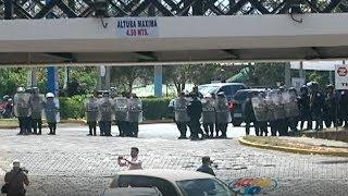 Intentan desvirtuar profesionalismo de Acción 10, tras represión policial del pasado fin de semana thumbnail