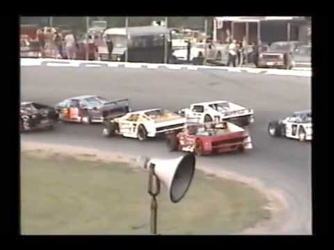 Racing at Lorain County, Ohio Speedway Sept. 9, 2000 Pt1
