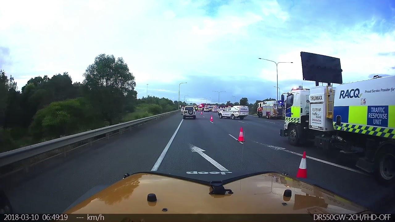 3 car crash Bruce highway 10/03/18