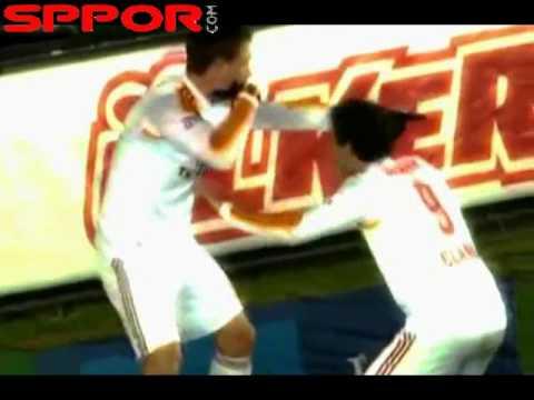 Kewell ve Elano'nun İlginç Gol Sevinci