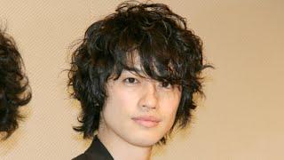 俳優の斎藤工さんが14日、東京都内で行われた映画「無伴奏」 (矢崎仁司...