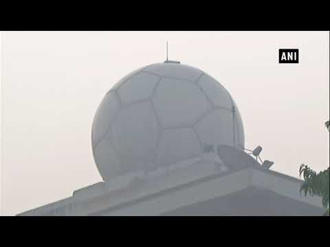 Smog continues to haunt Delhiites, air quality remains 'severe' - ANI News