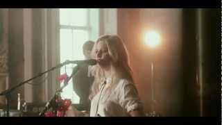 Gin Wigmore - Black Sheep (The Old Queens Head Session)
