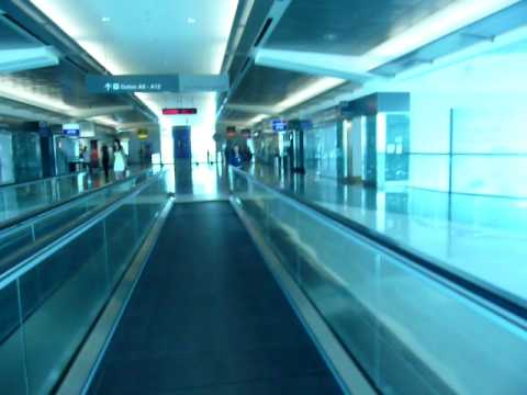 airport walking conveyor belt. me on the sf airport conveyor belt walking youtube