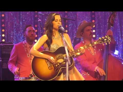 Kacey Musgraves - Stupid (Live in London, England)