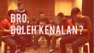 "Nestlé Indonesia - KIT KAT: Dokumentasi MIDGET ""BREAK Musik Tanpa Alat Musik"""