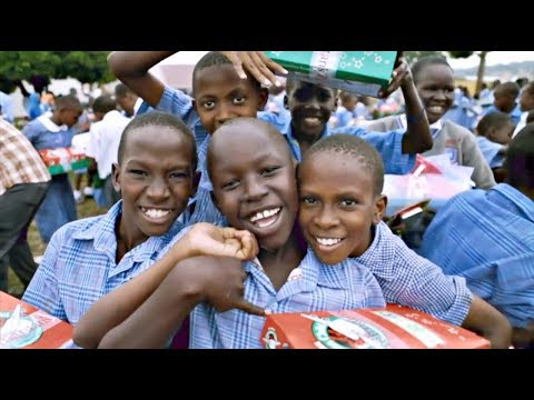 Columbia Students Volunteer for Operation Christmas Child