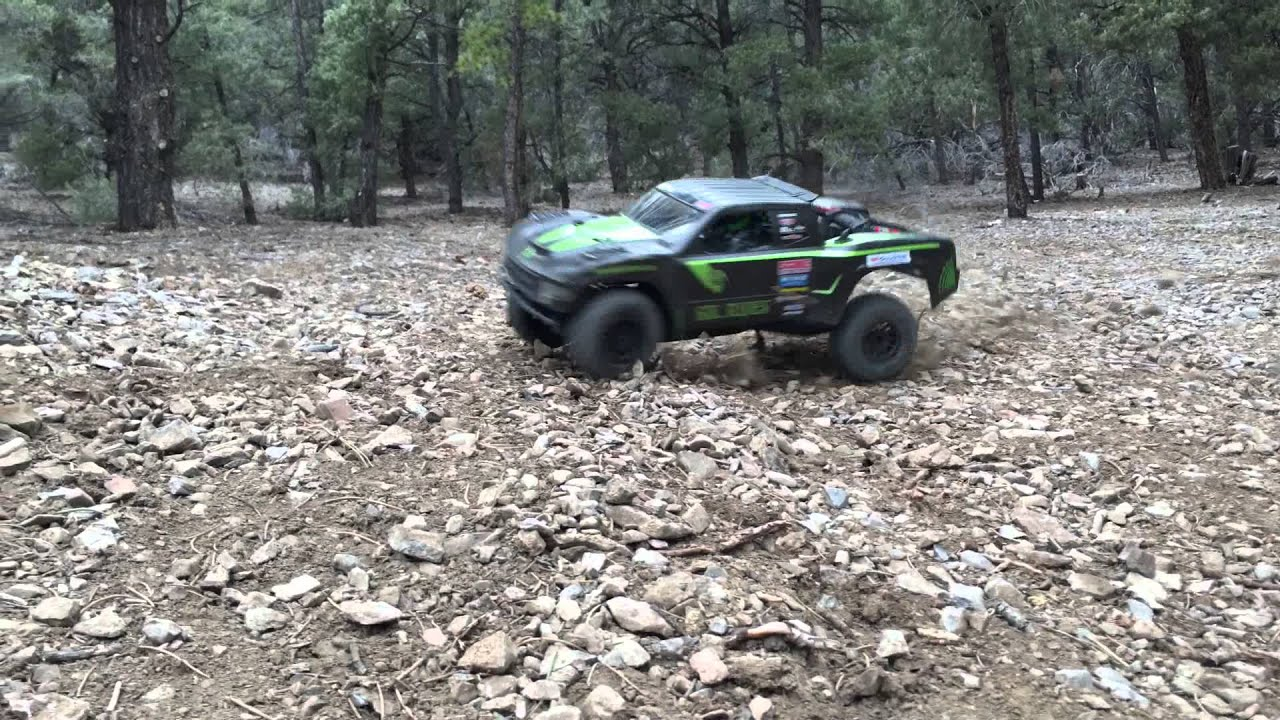 Axial Yeti Score International Trophy Truck Murdered Out Sikrides