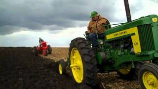 McHenry County Antique Farm Equipment Association of Illinois 2011 Plow Day.mp4