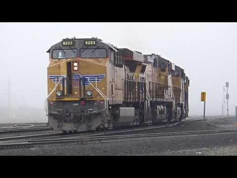 HD- Railfaning at Roseville, CA : Endless Freights, NS Power, Meets, Horn Shows & more!