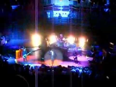 REM Royal Albert Hall 2008 supernatural superserious