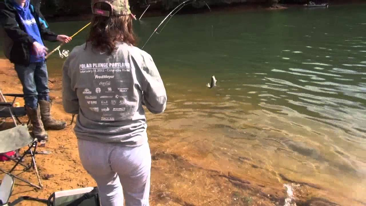 Trout fishing at hagg lake oregon youtube for Oregon out of state fishing license