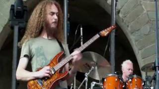 Guthrie Govan - Wonderful Slippery Thing Live at Pistoia July 3, 2009 [HD]