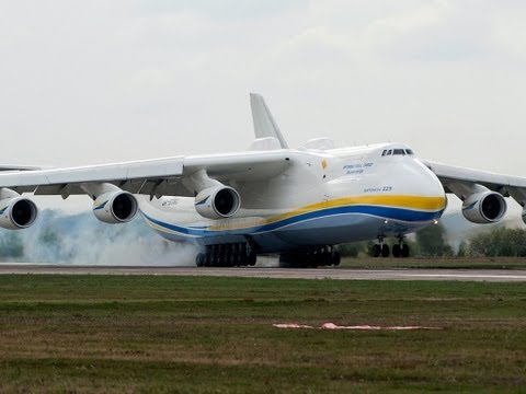 Как самолет взлетает видео