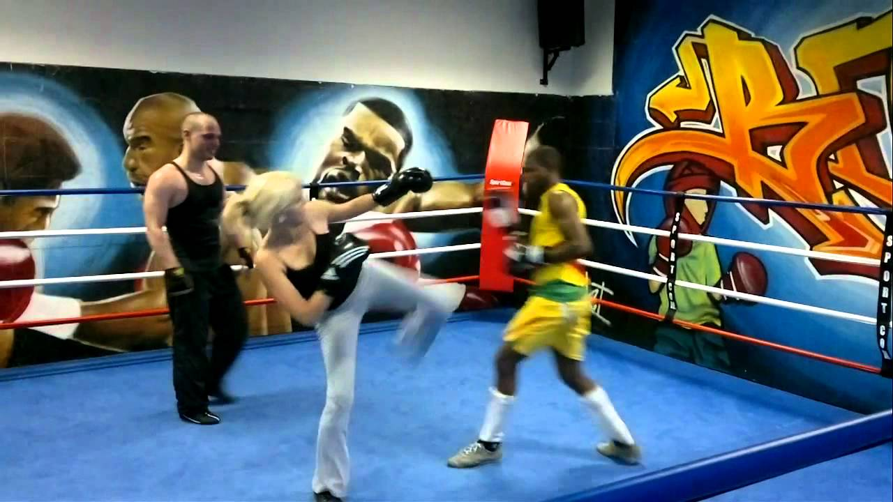 Boxing Ring In French