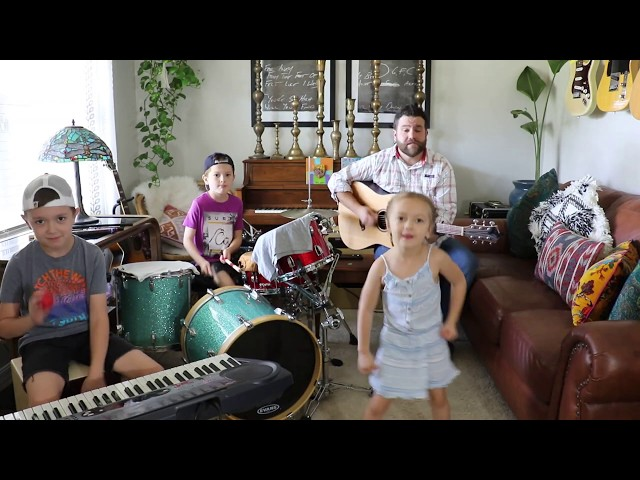 Colt Clark and the Quarantine Kids play