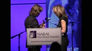 William H. Macy and Felicity Huffman Duet with Ukulele